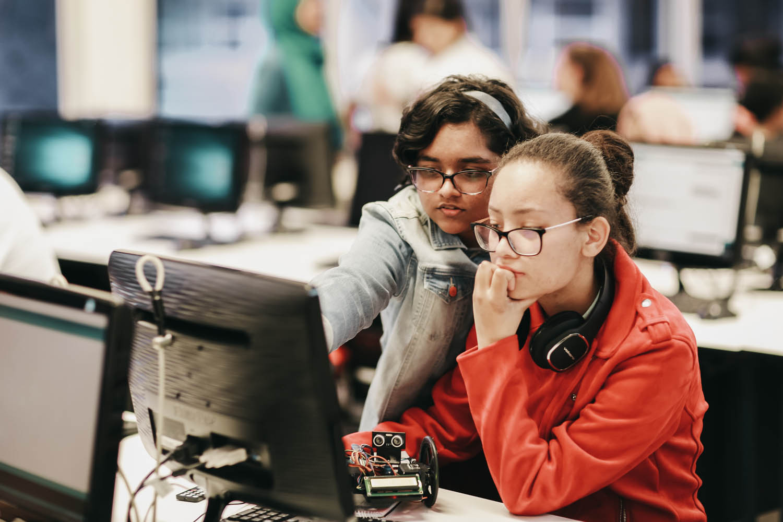 high-school-coding-robots